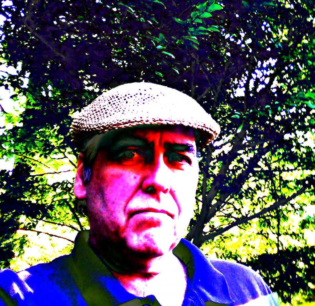 lasteel in straw hat 3 2018
